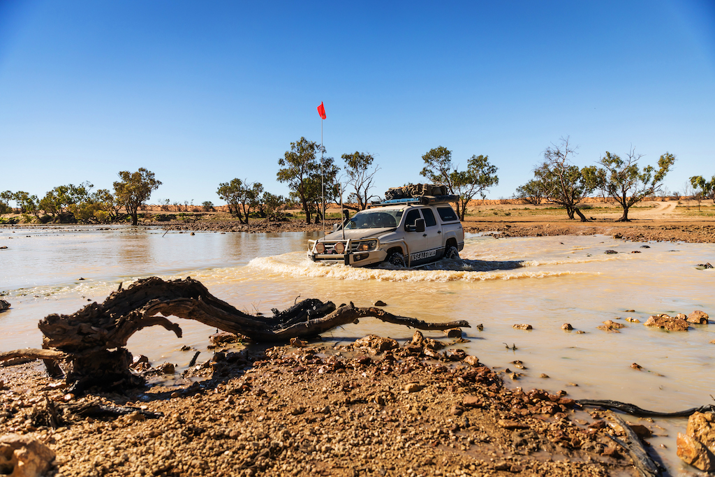 A guide to water crossings in your 4X4