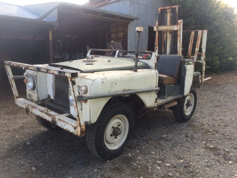 The Land Rover forklift, for when you need to take a pallet of beer across the Simpson Desert