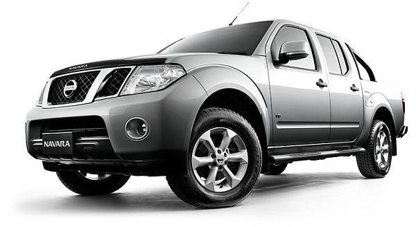 Nissan Navara D40 Airbag Recall: Over 40,000 affected.