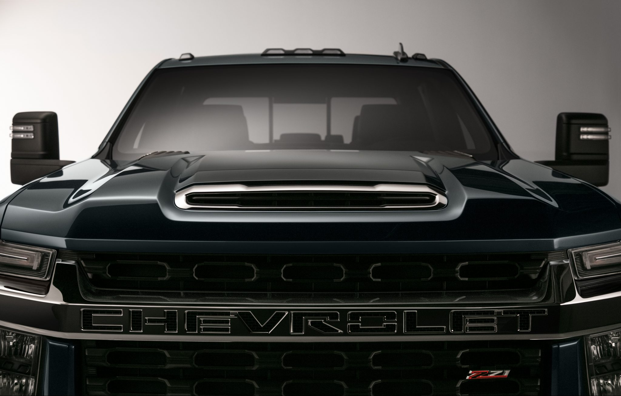 The new 2020 Chevrolet Silverado HD just looks mean!