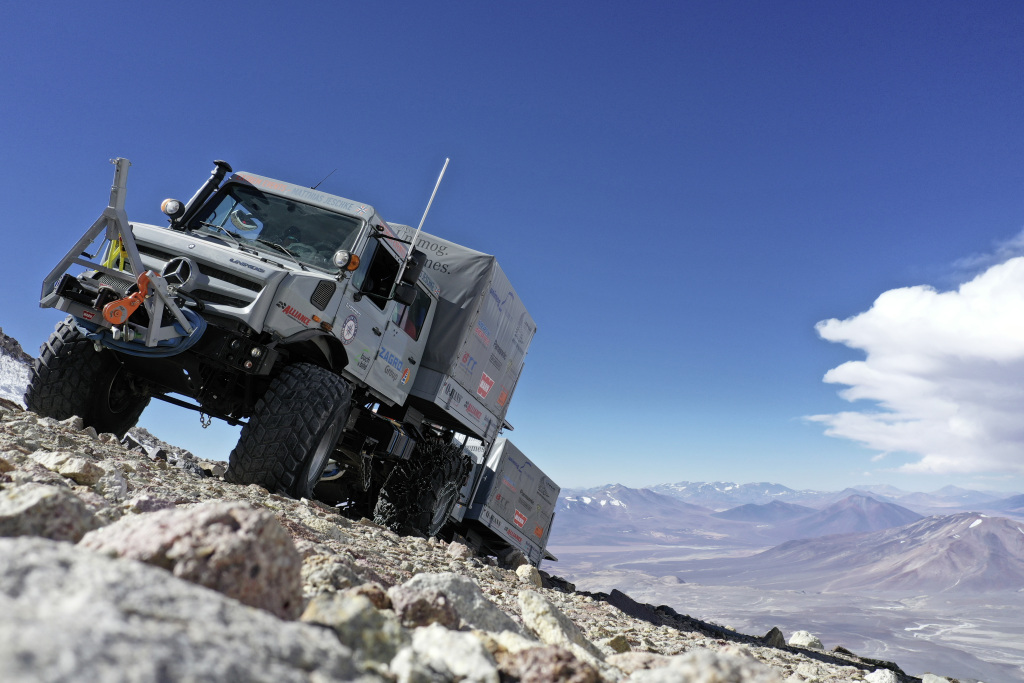 Unimog driven up the world's tallest active volcano