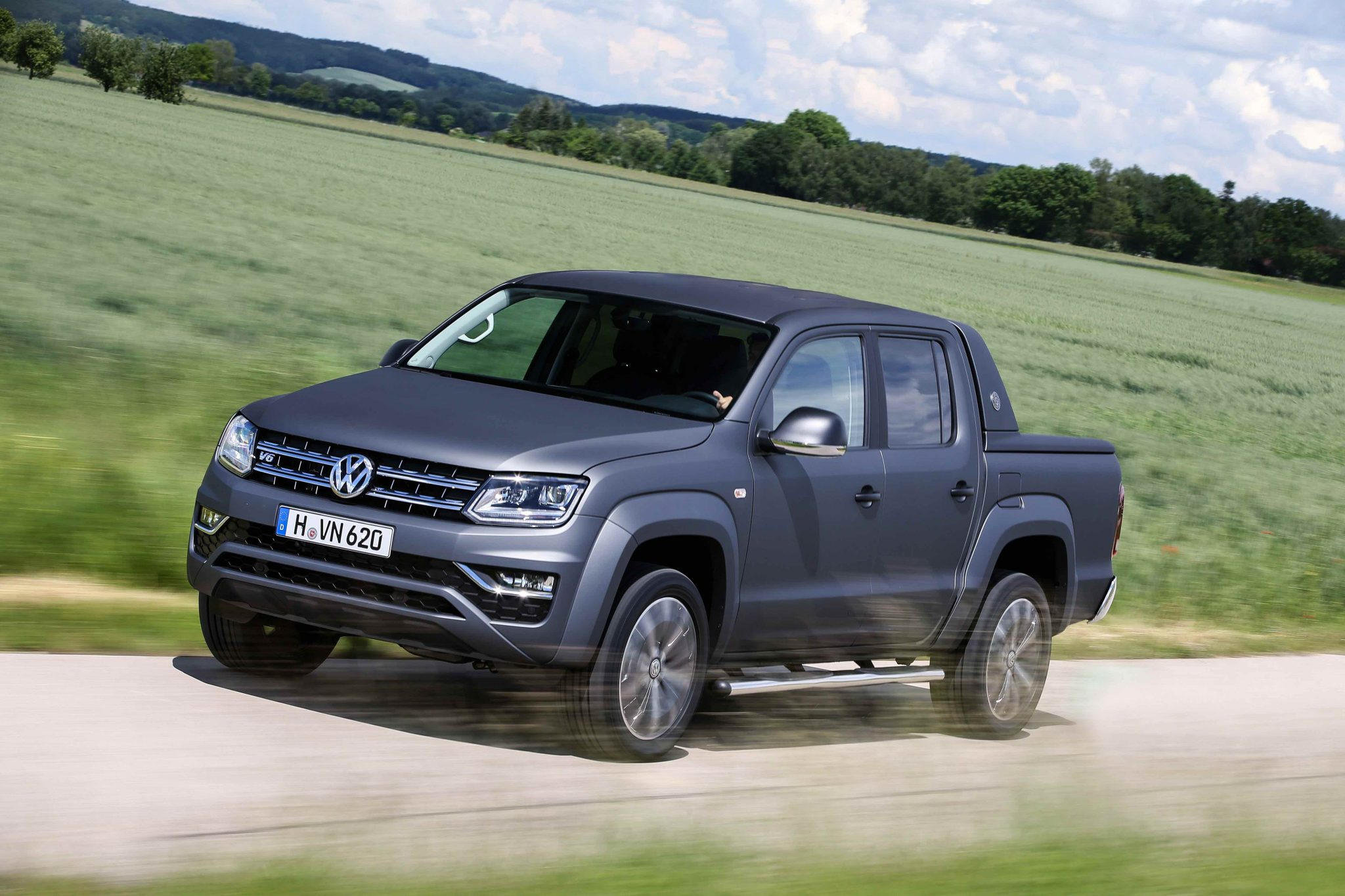 You can now buy an Amarok Ultimate V6 with matte paint