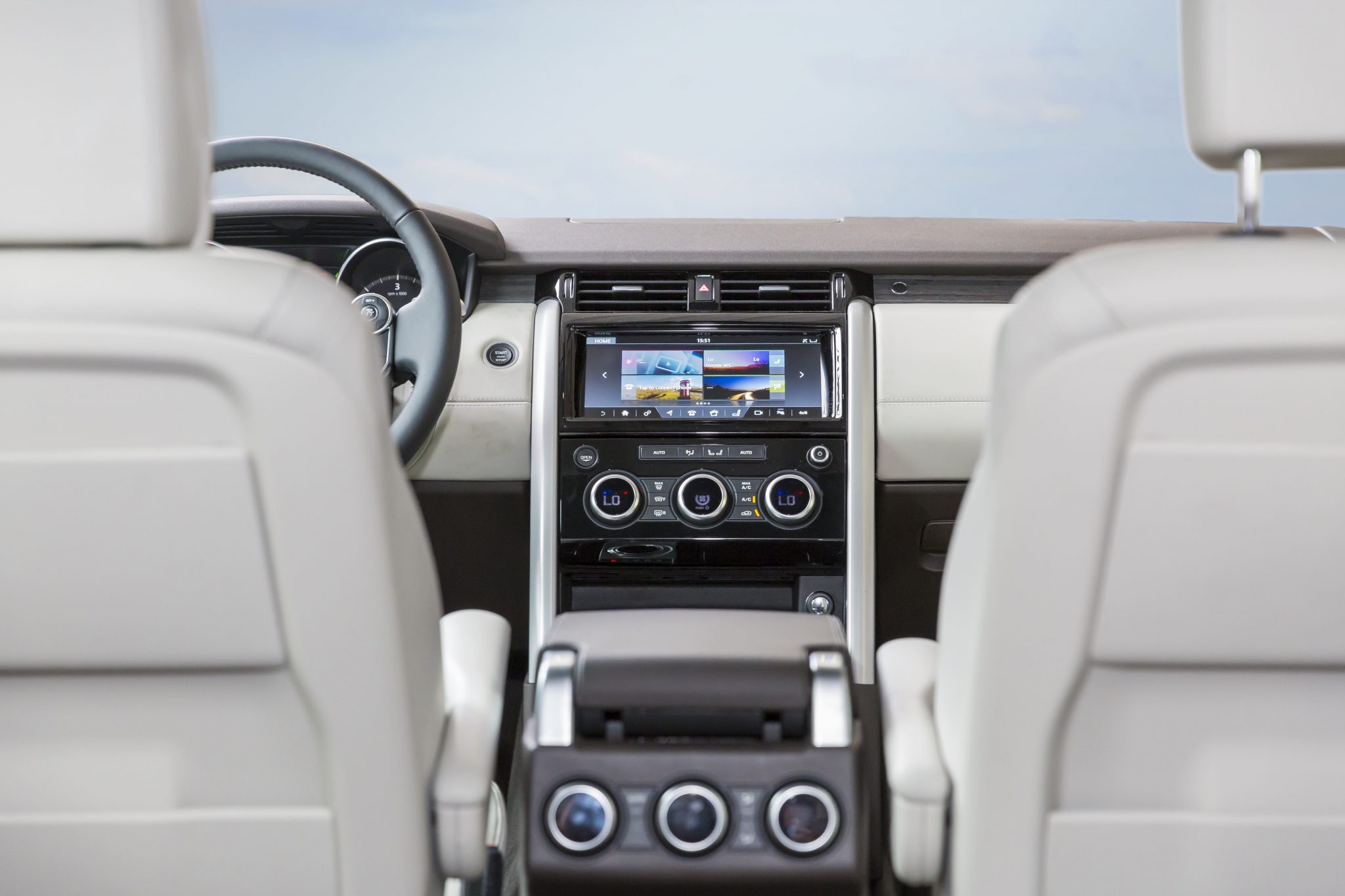 2017 Land Rover Discovery: First look