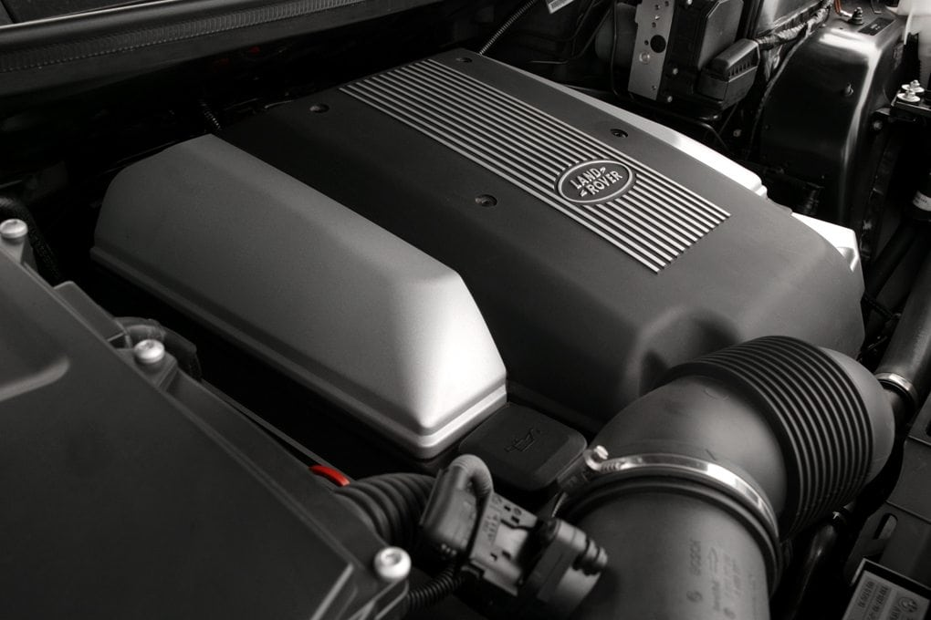 The 4.4 litre V8 petrol engine makes plenty of power, and sounds pretty good when it's doing it.