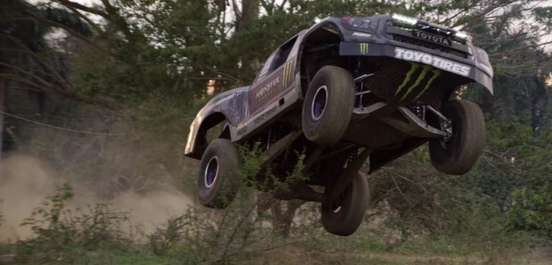 Recoil 4 – Trophy Truck, power slides, and Cuba. What's not to love?