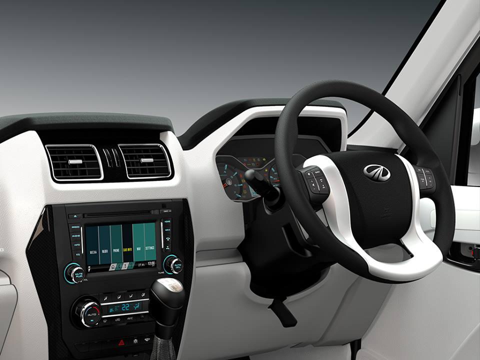 2017 Mahindra PikUp interior