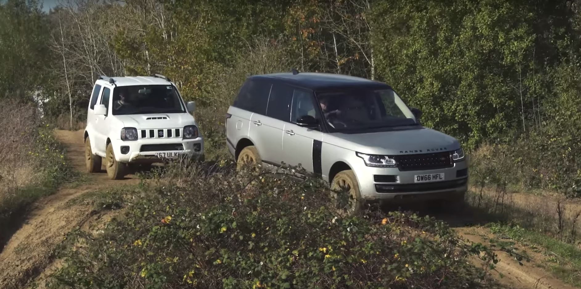 Watch a Jimny outperform a Range Rover off-road.