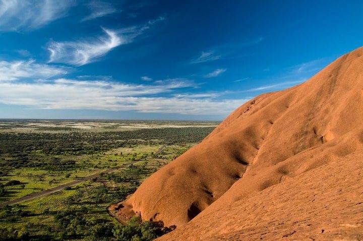 Man dies climbing Uluru