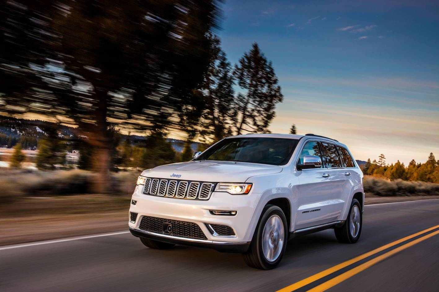 2017 Jeep Grand Cherokee Pricing and Specs
