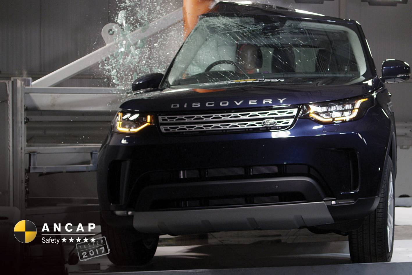 2017 Land Rover Discovery gets 5-star safety rating