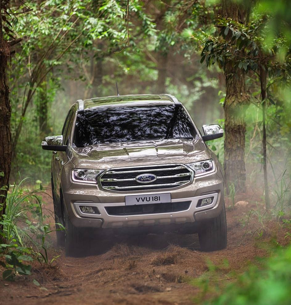 New grille and headlights redefines the Everest's front view